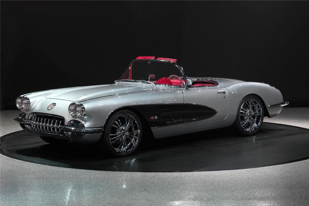 1960 CHEVROLET CORVETTE CUSTOM ROADSTER - Front 3/4 - 138085
