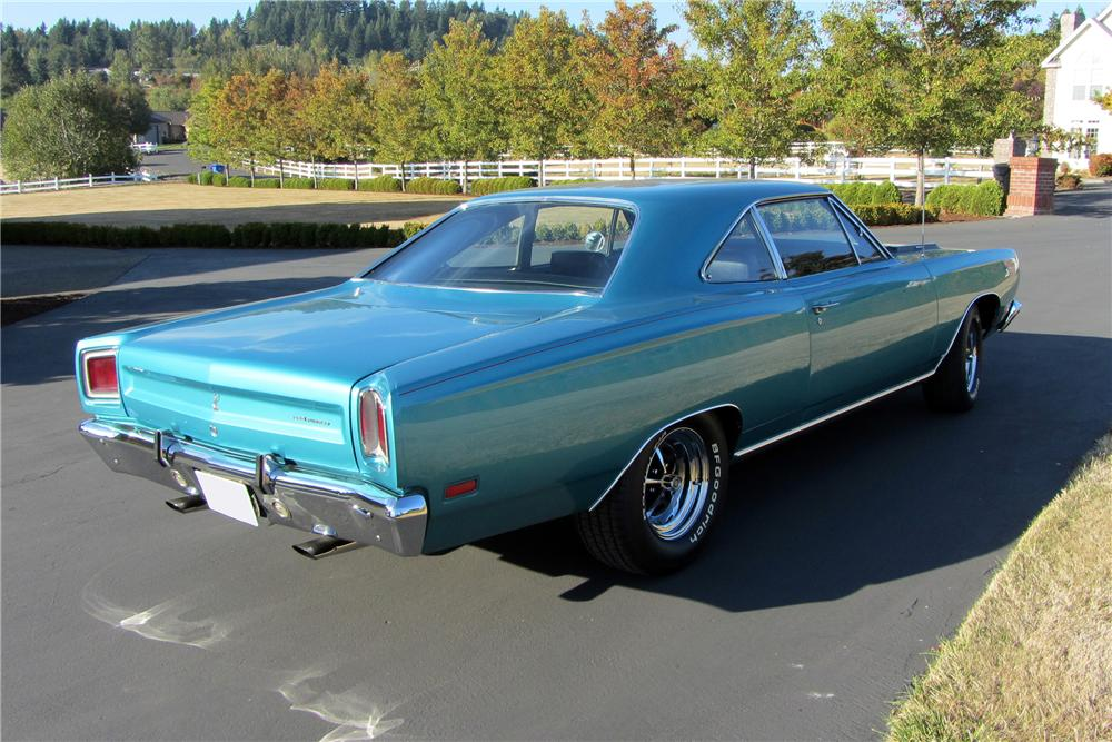 1969 PLYMOUTH ROAD RUNNER 2 DOOR COUPE - Rear 3/4 - 138095
