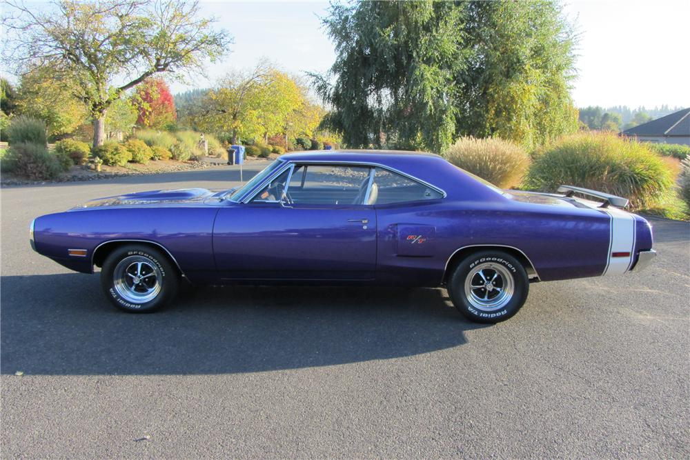 1970 DODGE CORONET R/T 2 DOOR HARDTOP - Side Profile - 138097
