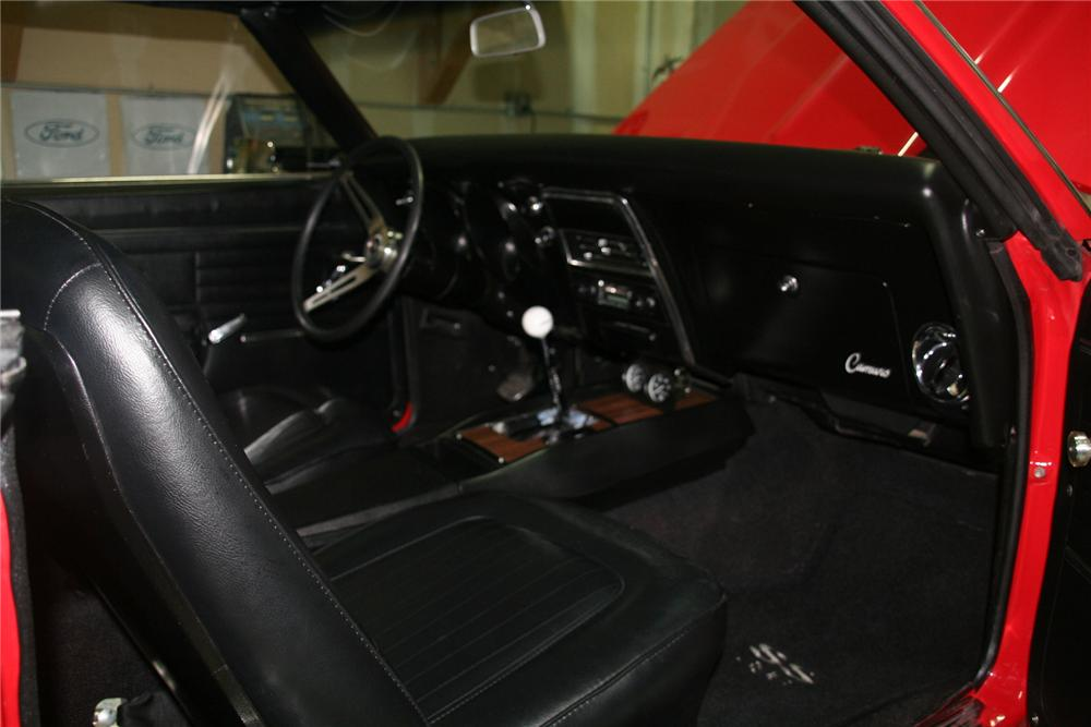 1968 CHEVROLET CAMARO 2 DOOR COUPE - Interior - 138117