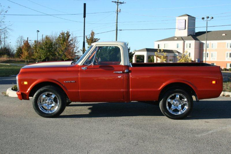 1969 CHEVROLET C-10 CUSTOM PICKUP - Front 3/4 - 138125