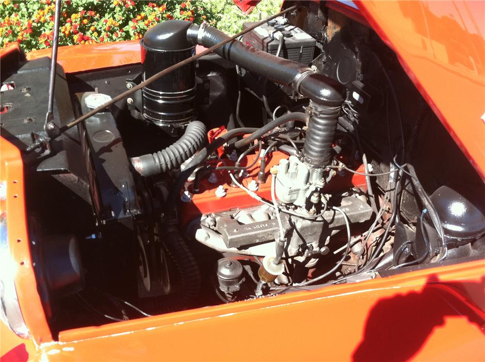 1950 WILLYS JEEPSTER CONVERTIBLE - Engine - 138139