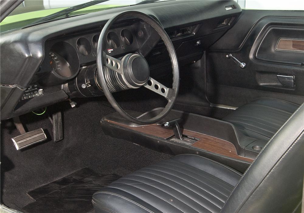 1973 DODGE CHALLENGER CUSTOM 2 DOOR HARDTOP - Interior - 138162