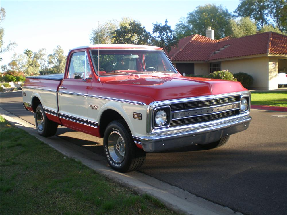1969 CHEVROLET SHORT BED CUSTOM  PICKUP - Front 3/4 - 138167