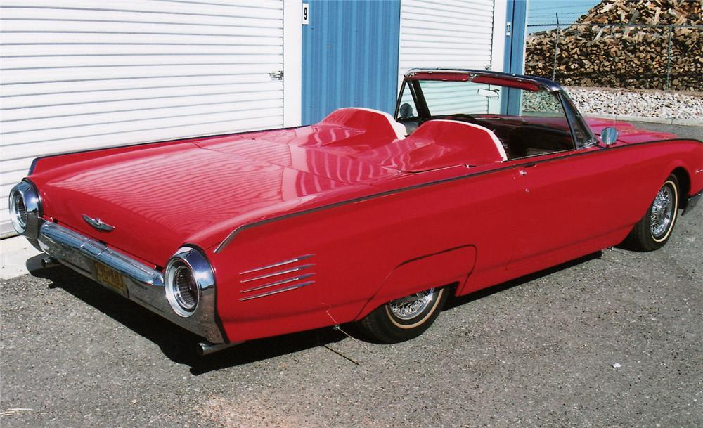 1961 FORD THUNDERBIRD CONVERTIBLE PACE CAR RE-CREATION - Rear 3/4 - 138169