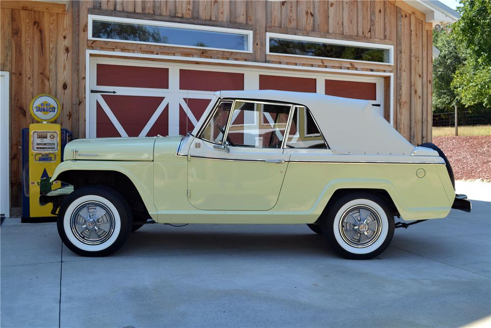 1967 WILLYS JEEPSTER CONVERTIBLE - Side Profile - 138173