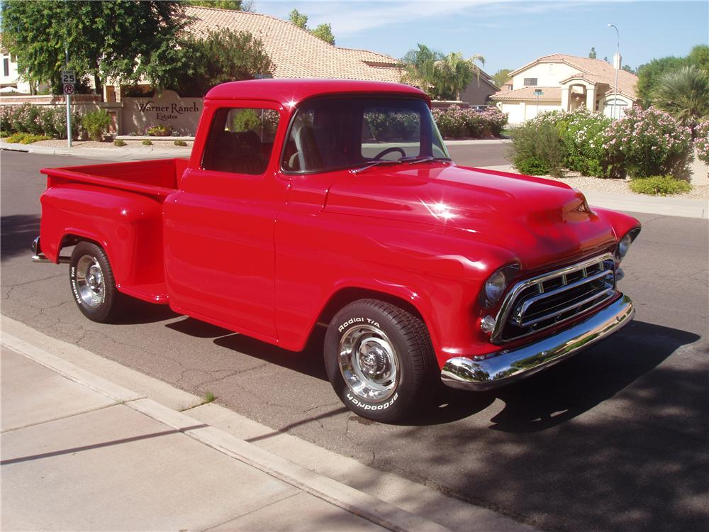 1957 CHEVROLET 3100 CUSTOM PICKUP - Front 3/4 - 138182