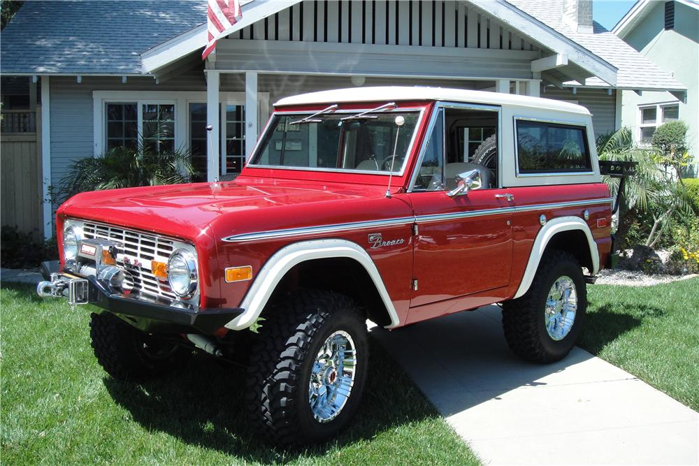 1973 FORD BRONCO CUSTOM 2 DOOR - Front 3/4 - 138183