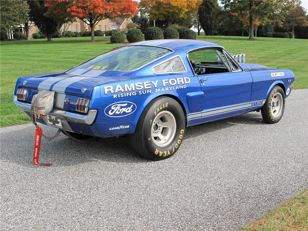 1965 FORD MUSTANG FASTBACK - Rear 3/4 - 138187