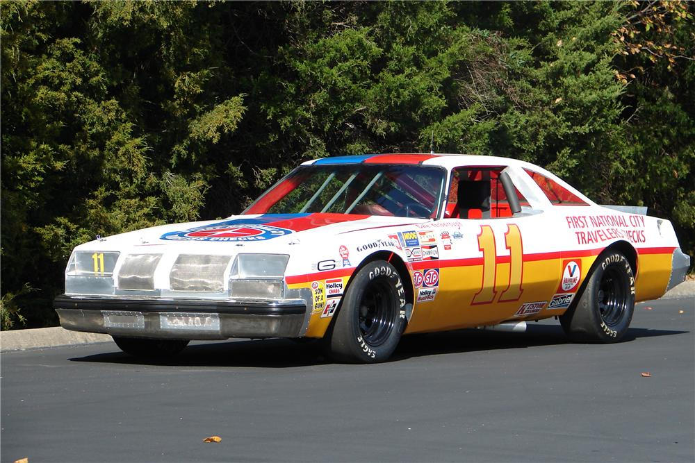 1977 OLDSMOBILE CUTLASS CALE YARBOROUGH RACE CAR - Front 3/4 - 138188