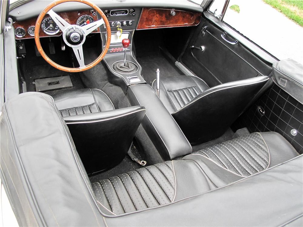 1967 AUSTIN-HEALEY 3000 MARK III BJ8 CONVERTIBLE - Interior - 138191