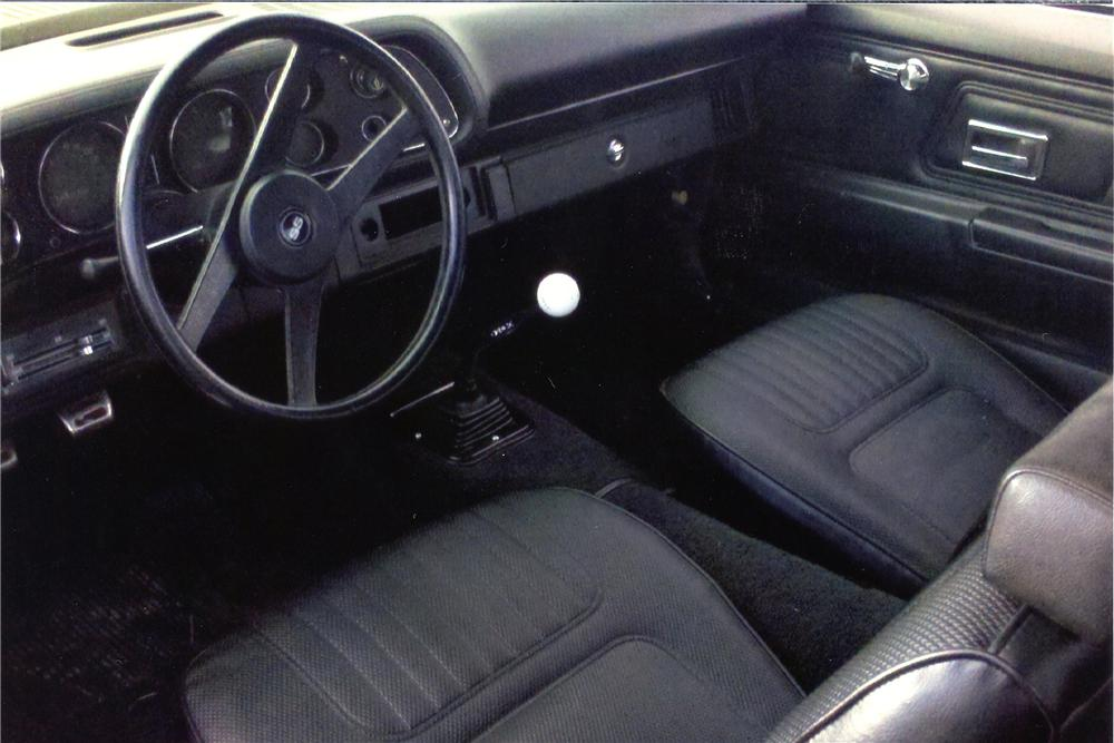 1970 CHEVROLET CAMARO 2 DOOR COUPE - Interior - 138195