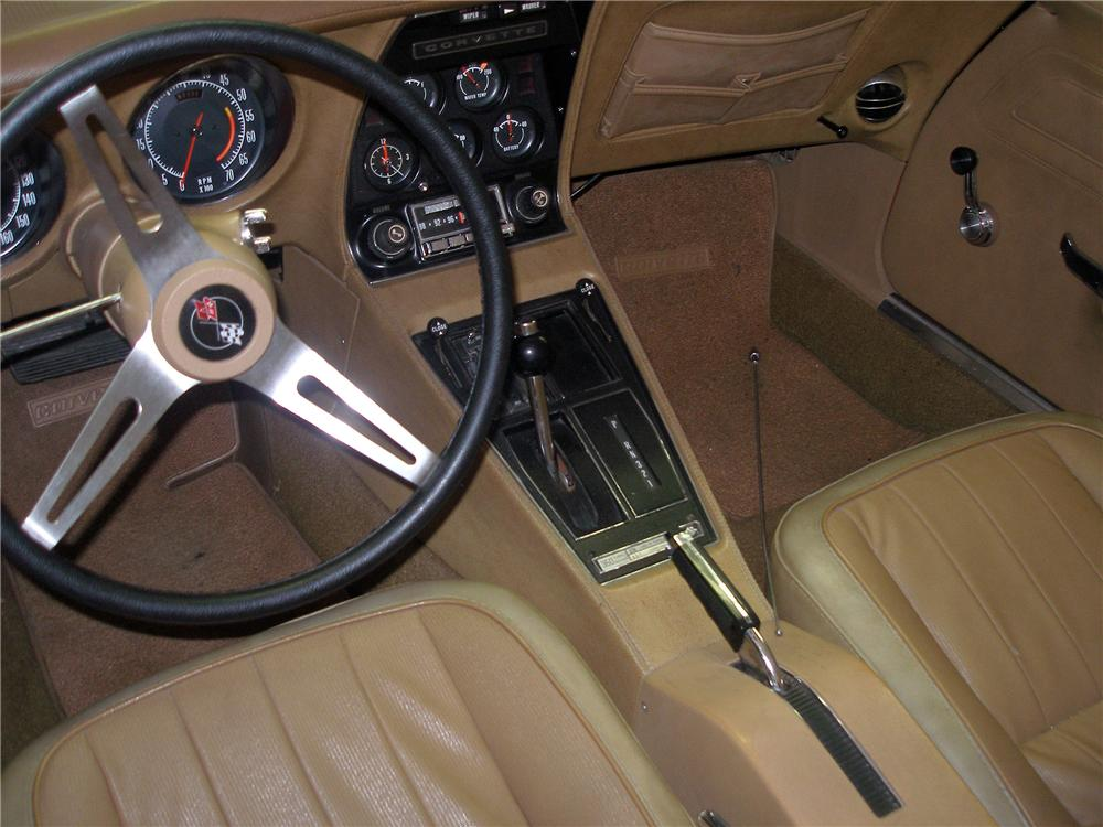 1974 CHEVROLET CORVETTE CONVERTIBLE - Interior - 138210