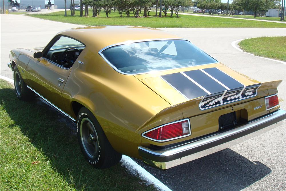 1974 CHEVROLET CAMARO Z/28 2 DOOR COUPE - Rear 3/4 - 138226