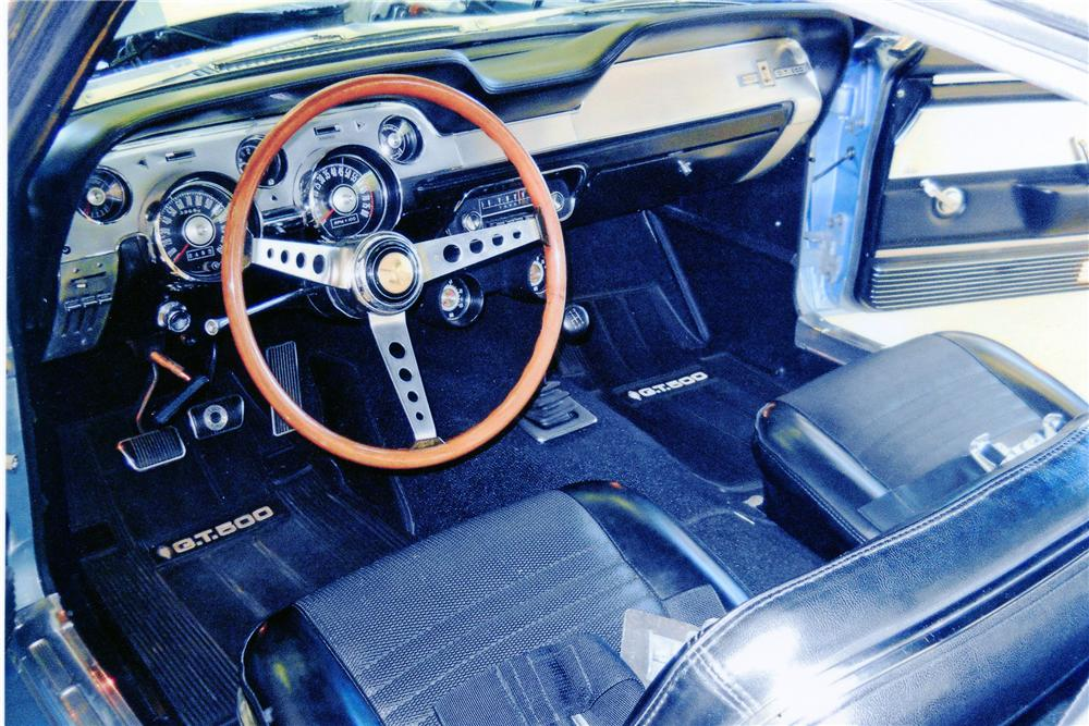 1967 SHELBY GT500 FASTBACK - Interior - 138258