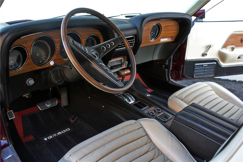 1969 SHELBY GT500 FASTBACK - Interior - 138282