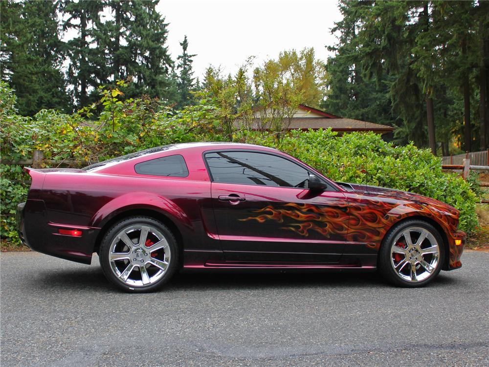 2005 FORD MUSTANG GT CUSTOM FASTBACK - Side Profile - 138286