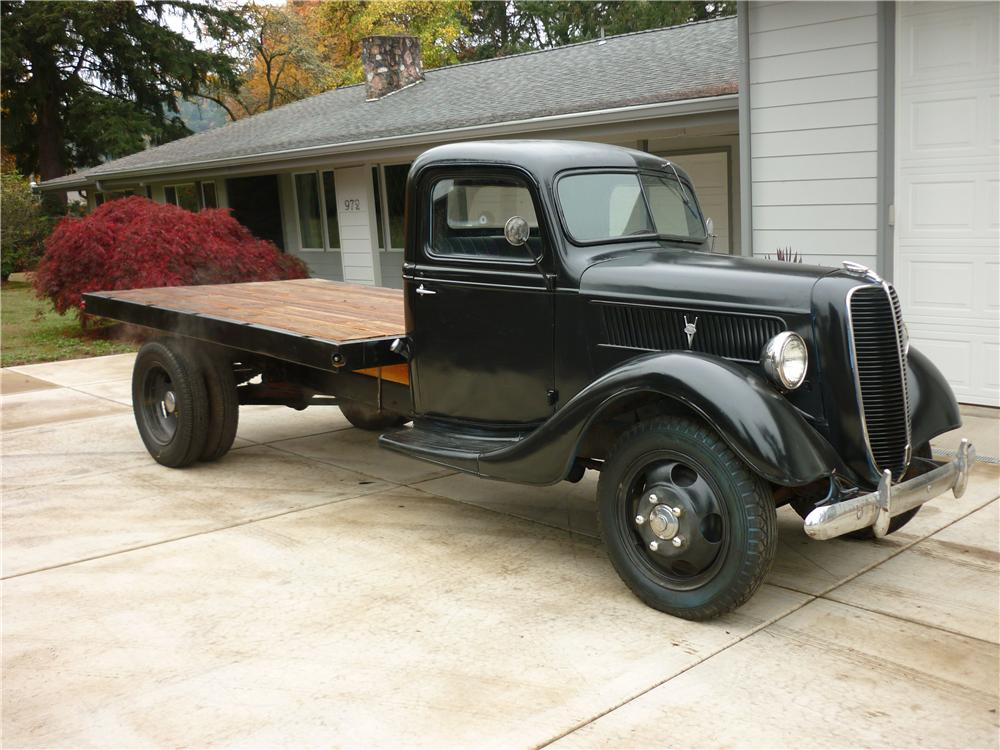 1937 FORD CUSTOM FLATBED TRUCK - Front 3/4 - 138289