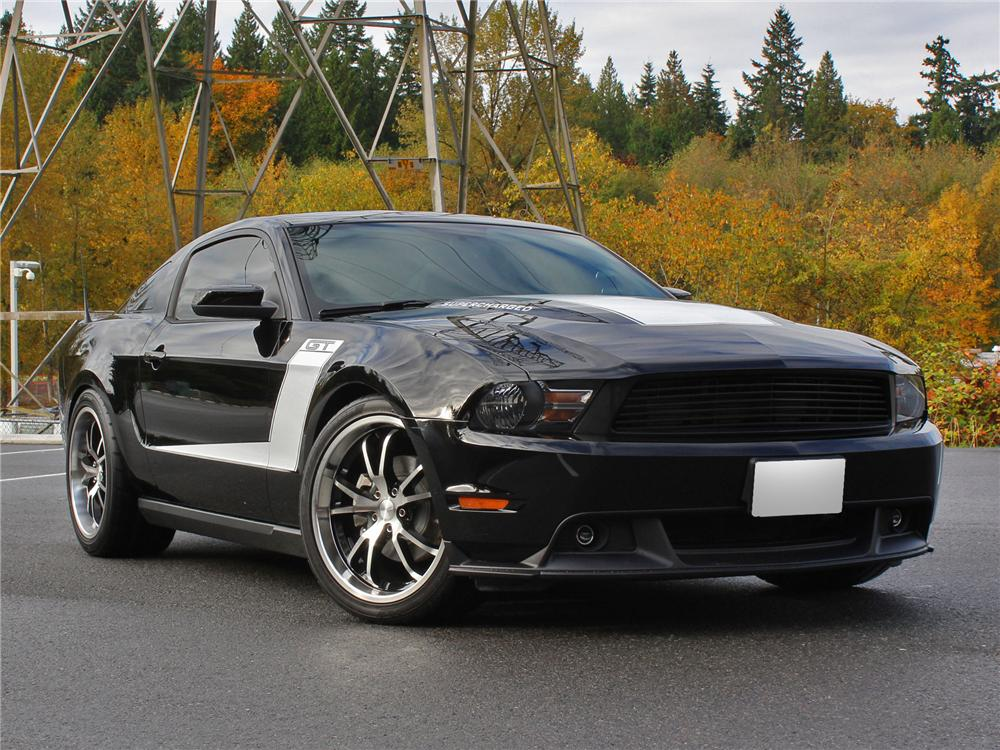 2010 ford mustang custom 2 door coupe 138298. Black Bedroom Furniture Sets. Home Design Ideas