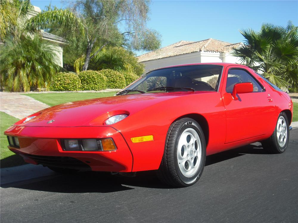 1980 PORSCHE 928 2 DOOR COUPE - Front 3/4 - 138303