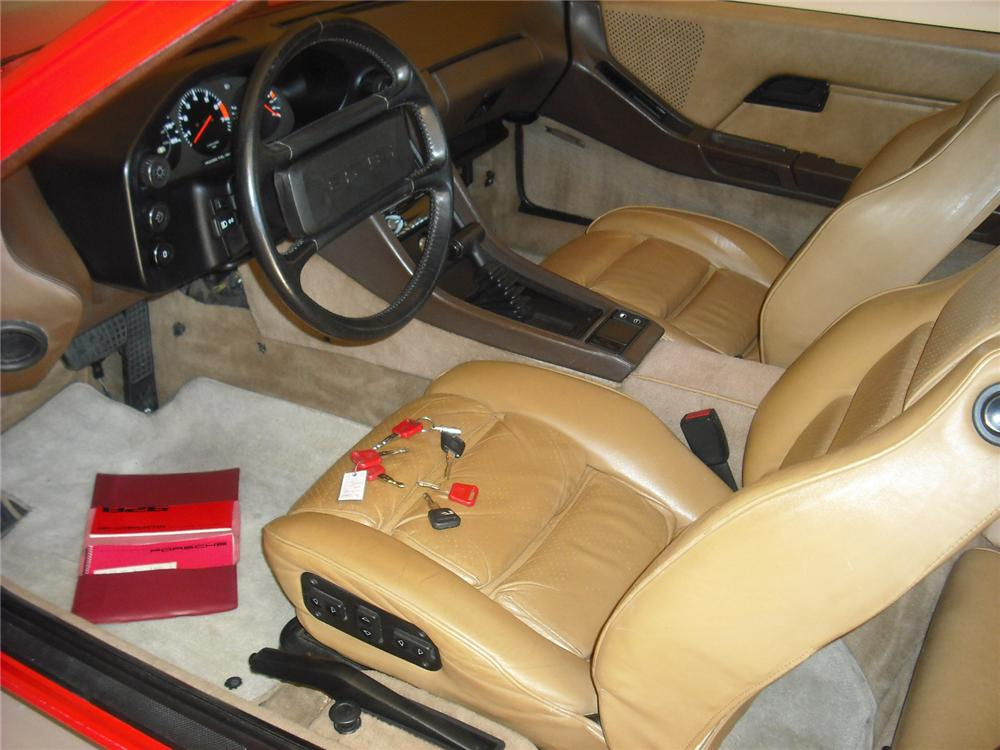 1980 PORSCHE 928 2 DOOR COUPE - Interior - 138303