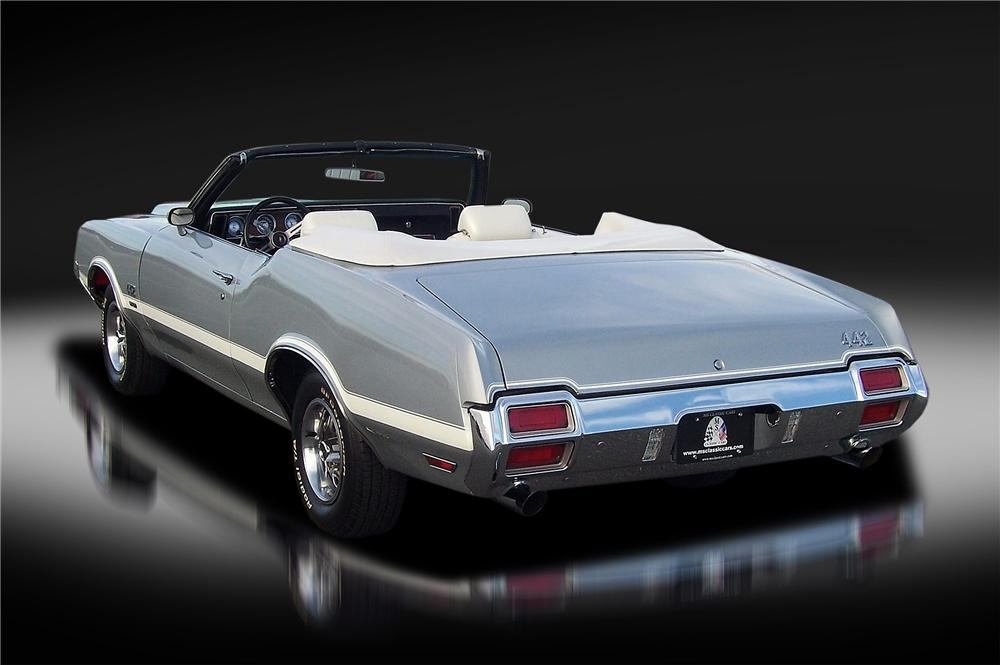 1971 OLDSMOBILE 442 W30 CONVERTIBLE - Rear 3/4 - 138305
