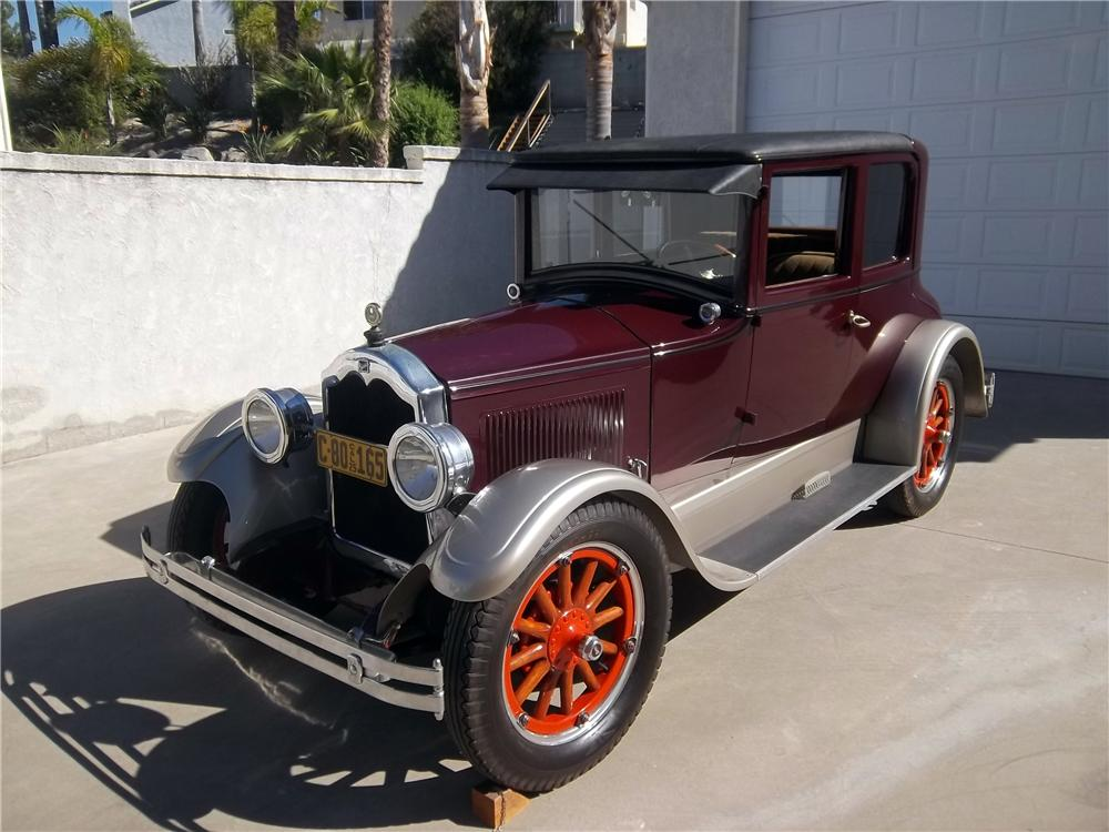 1925 BUICK 25 2 DOOR OPERA COUPE - Front 3/4 - 138330
