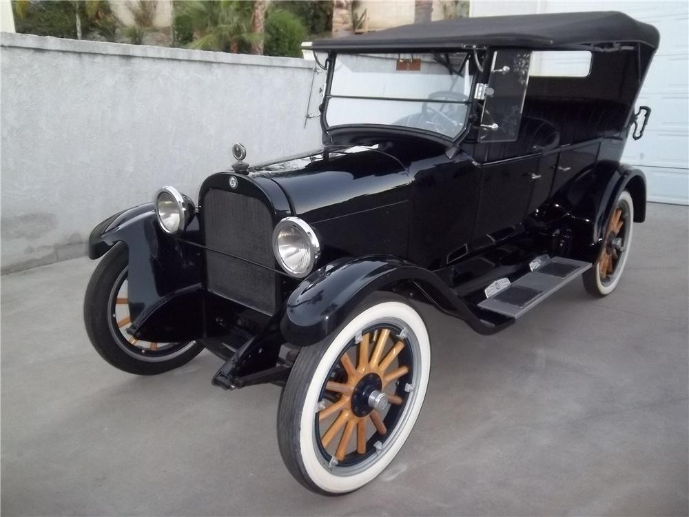1923 DODGE 4 DOOR TOURING - Front 3/4 - 138333