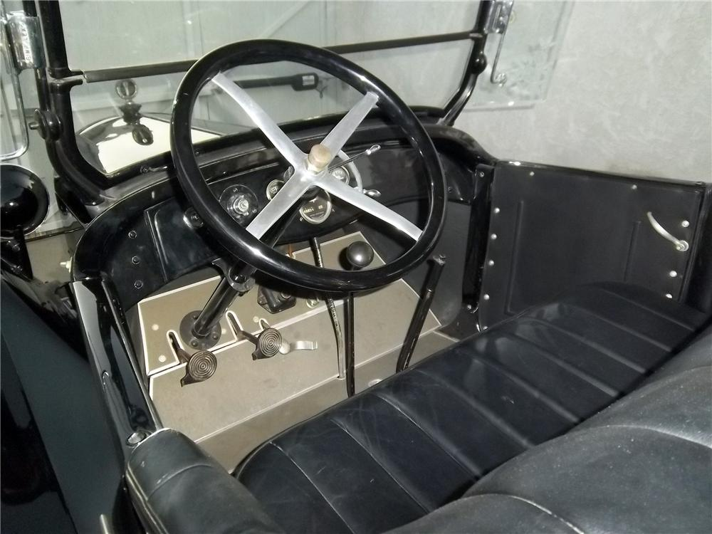 1923 DODGE 4 DOOR TOURING - Interior - 138333