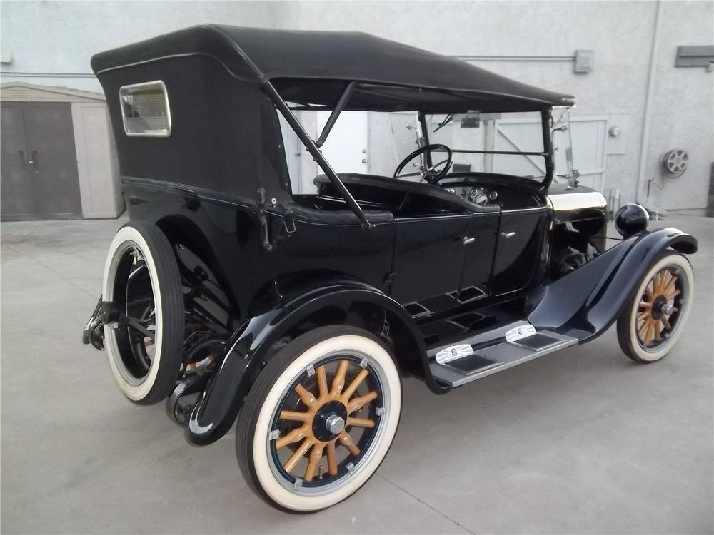 1923 DODGE 4 DOOR TOURING - Rear 3/4 - 138333