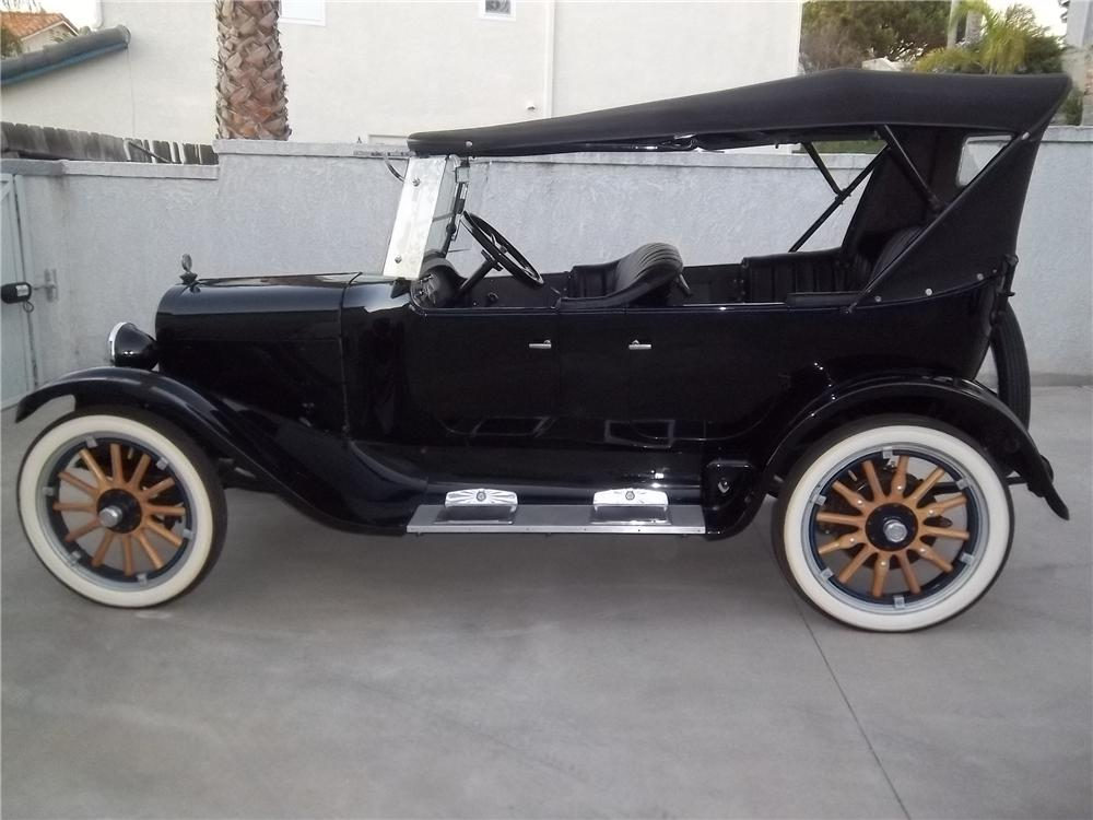 1923 DODGE 4 DOOR TOURING - Side Profile - 138333