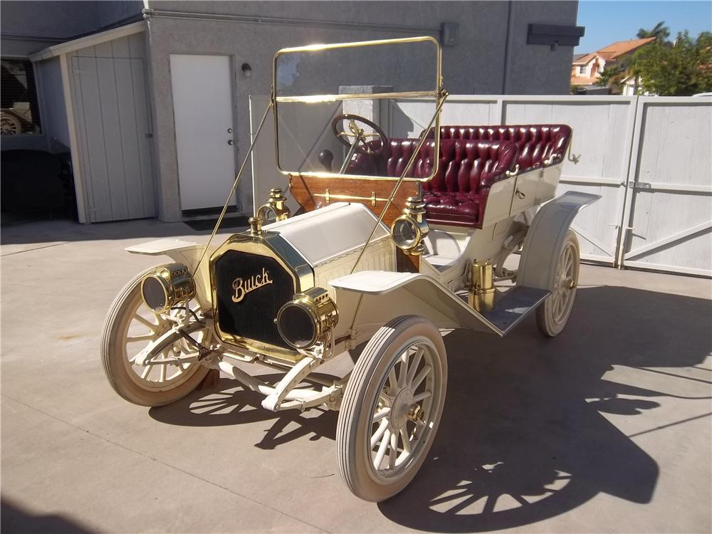 1910 BUICK 10 TOURING - Front 3/4 - 138336