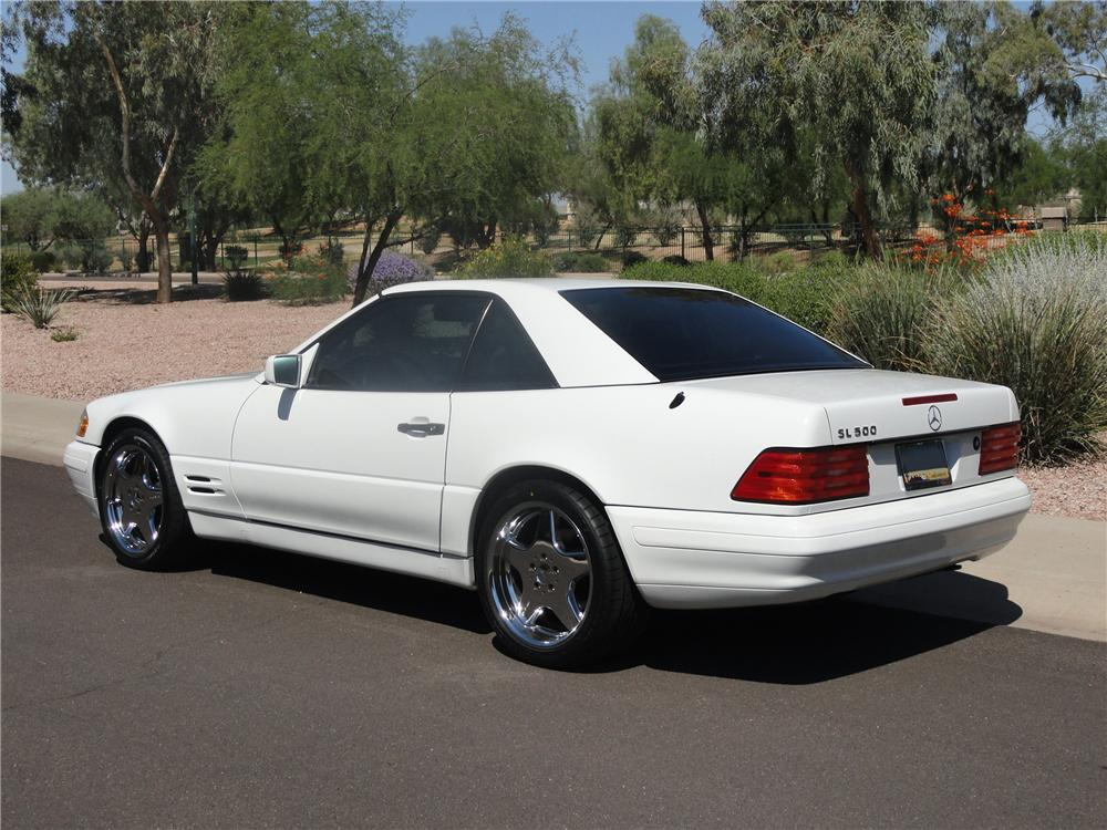 1998 MERCEDES-BENZ SL500 CONVERTIBLE - Rear 3/4 - 138340
