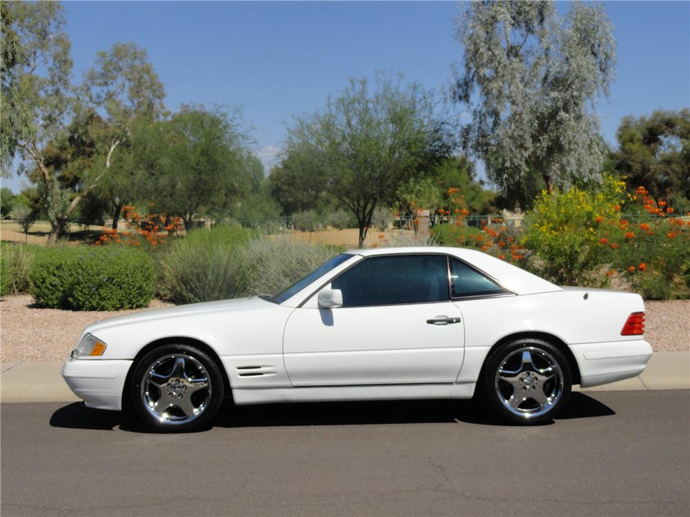 1998 MERCEDES-BENZ SL500 CONVERTIBLE - Side Profile - 138340