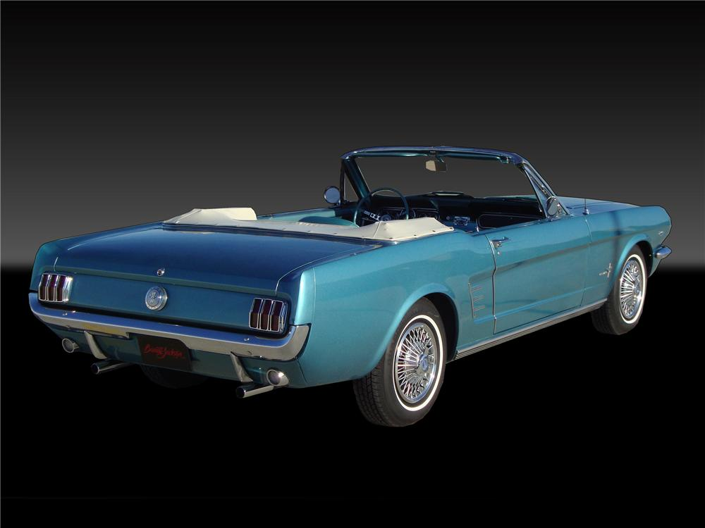 1966 FORD MUSTANG CONVERTIBLE - Rear 3/4 - 138346