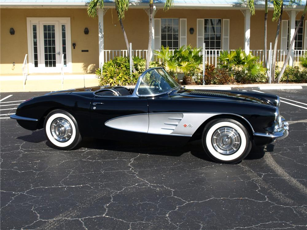1958 CHEVROLET CORVETTE CONVERTIBLE - Side Profile - 138371