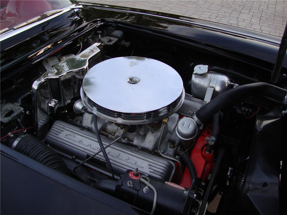 1962 CHEVROLET CORVETTE CONVERTIBLE - Engine - 138373