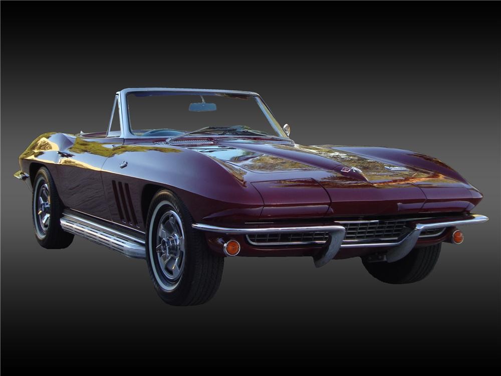 1966 CHEVROLET CORVETTE CONVERTIBLE - Front 3/4 - 138374