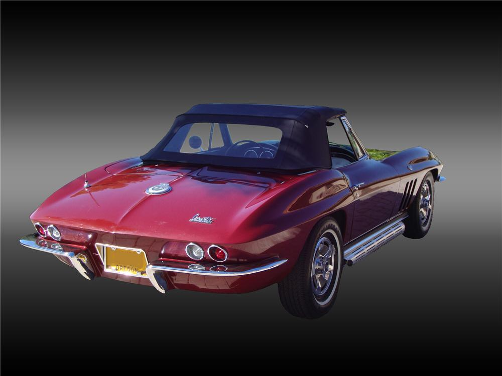 1966 CHEVROLET CORVETTE CONVERTIBLE - Rear 3/4 - 138374