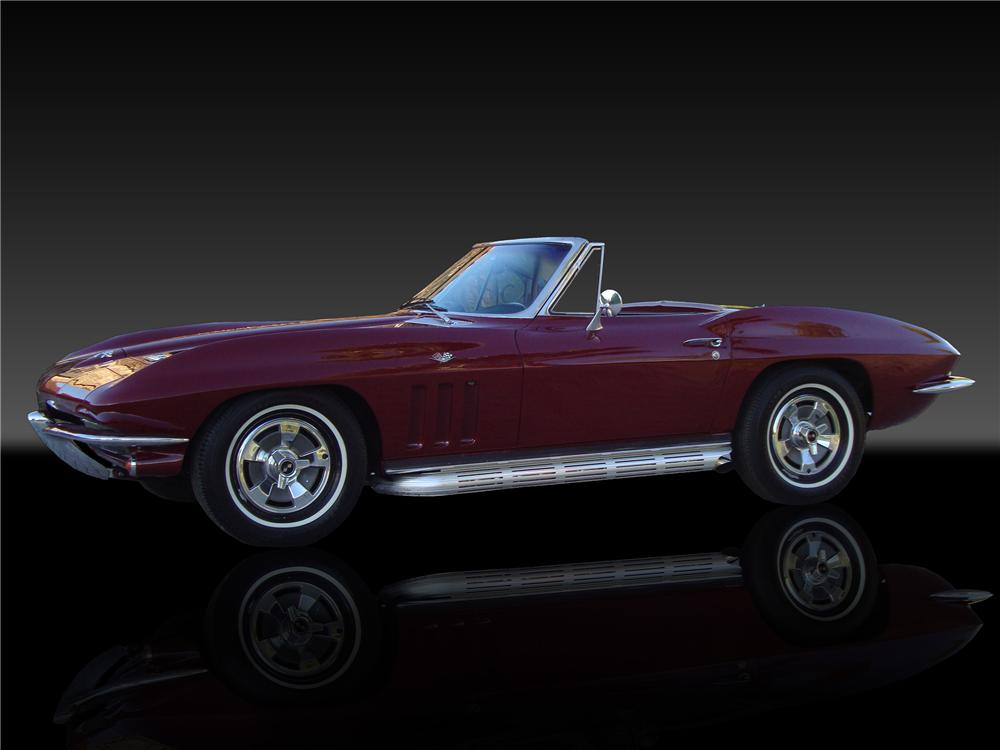 1966 CHEVROLET CORVETTE CONVERTIBLE - Side Profile - 138374