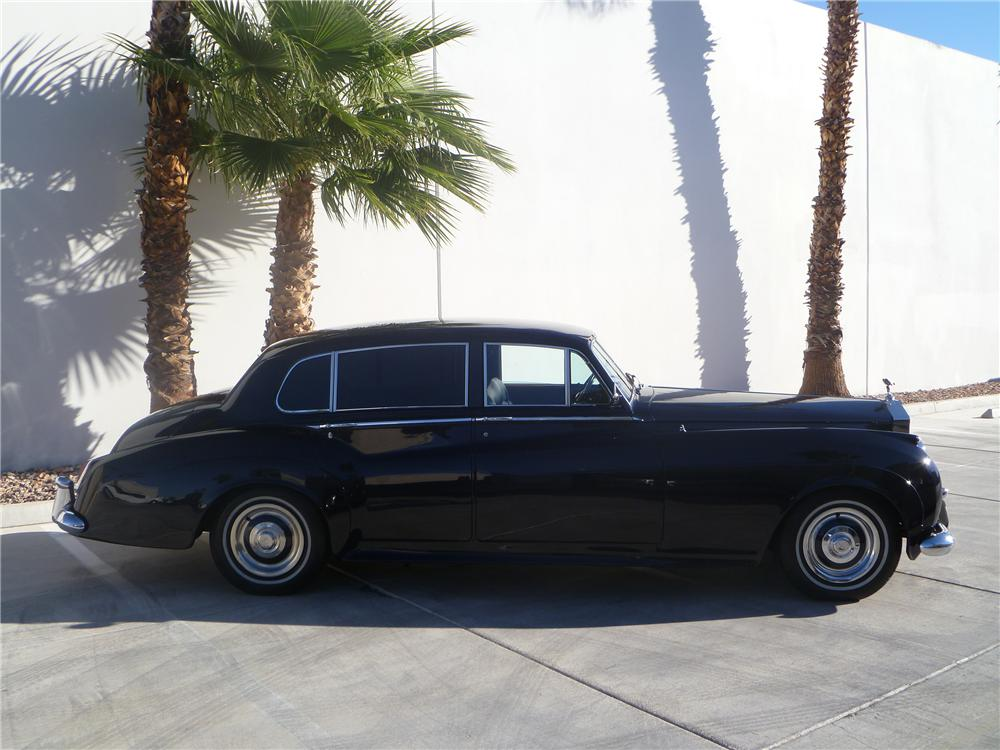 1961 ROLLS-ROYCE SILVER CLOUD II 4 DOOR SEDAN - Side Profile - 138411