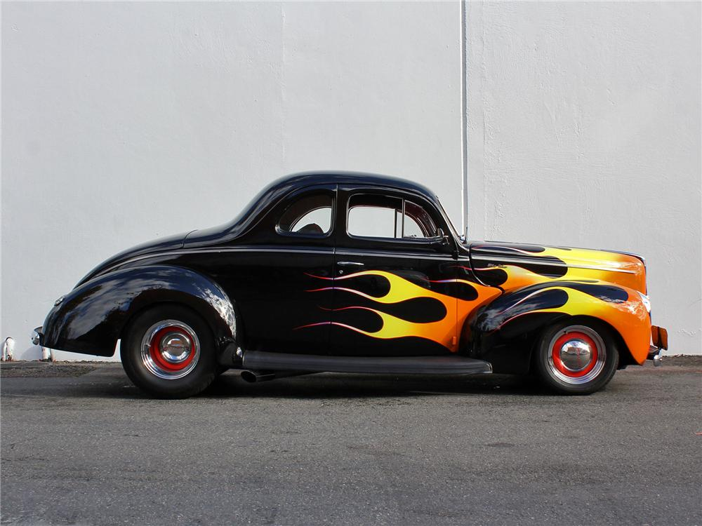 1940 FORD DELUXE CUSTOM 2 DOOR COUPE - Side Profile - 138415