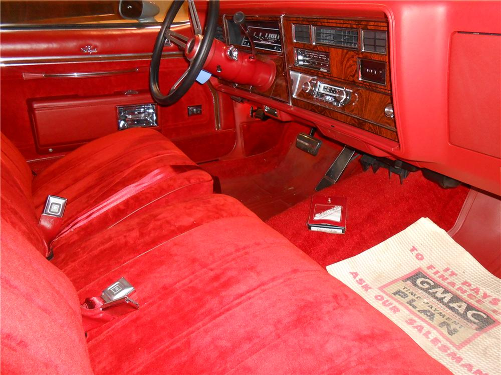 1977 OLDSMOBILE 88 INDY PACE CAR - Interior - 138433