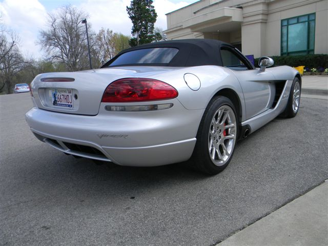 2004 DODGE VIPER CONVERTIBLE - Rear 3/4 - 138477