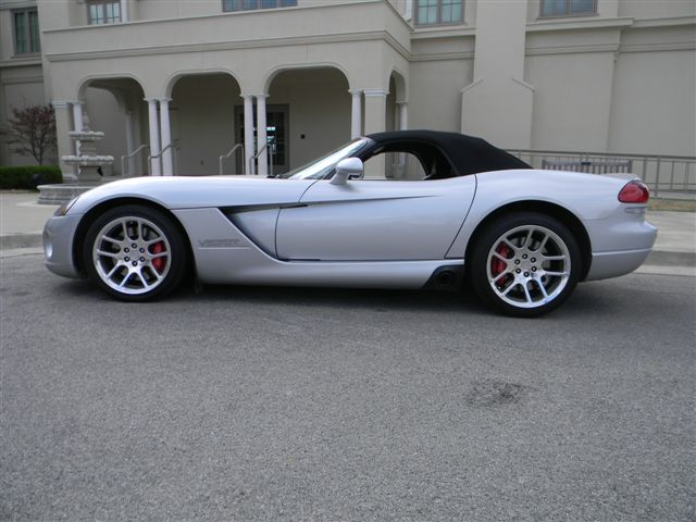 2004 DODGE VIPER CONVERTIBLE - Side Profile - 138477