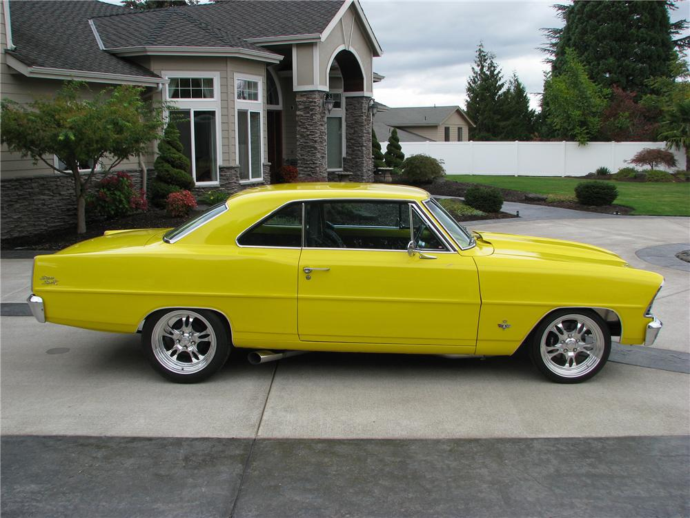 1967 CHEVROLET NOVA SS CUSTOM 2 DOOR HARDTOP - Side Profile - 138482