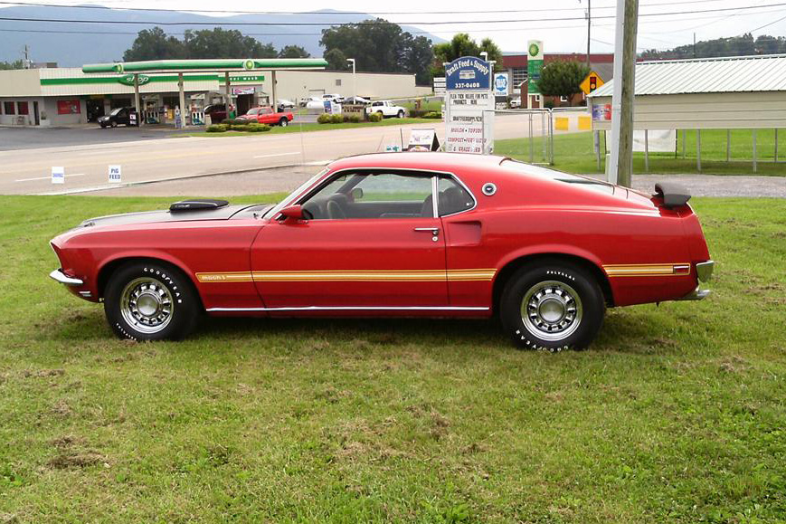 1969 FORD MUSTANG FASTBACK - Side Profile - 138486