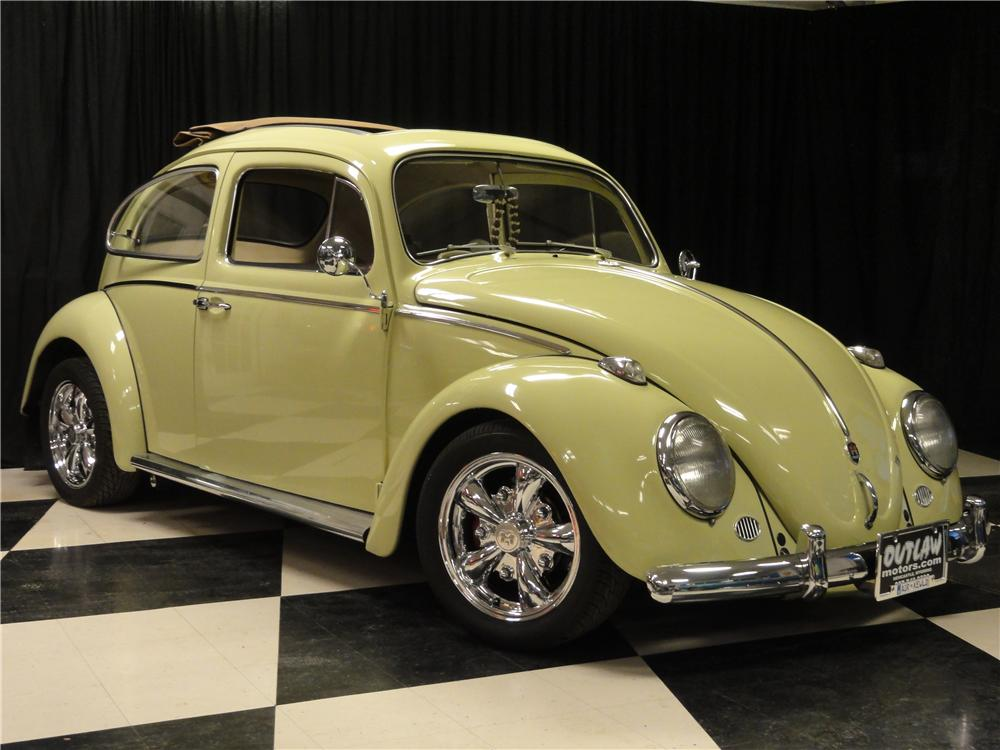 1961 VOLKSWAGEN BEETLE CUSTOM 2 DOOR RAG TOP - Front 3/4 - 138498