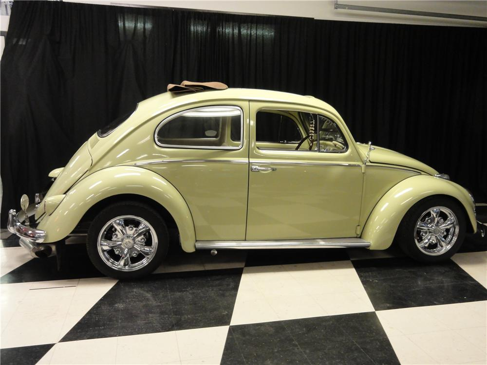 1961 VOLKSWAGEN BEETLE CUSTOM 2 DOOR RAG TOP - Side Profile - 138498