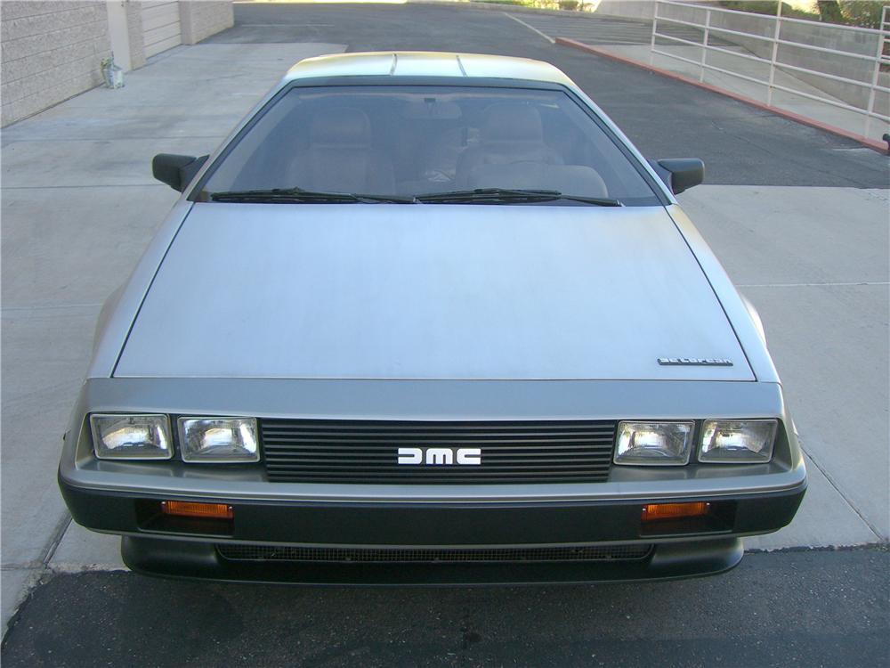1983 DELOREAN DMC-12 SPORTS COUPE - Rear 3/4 - 138502